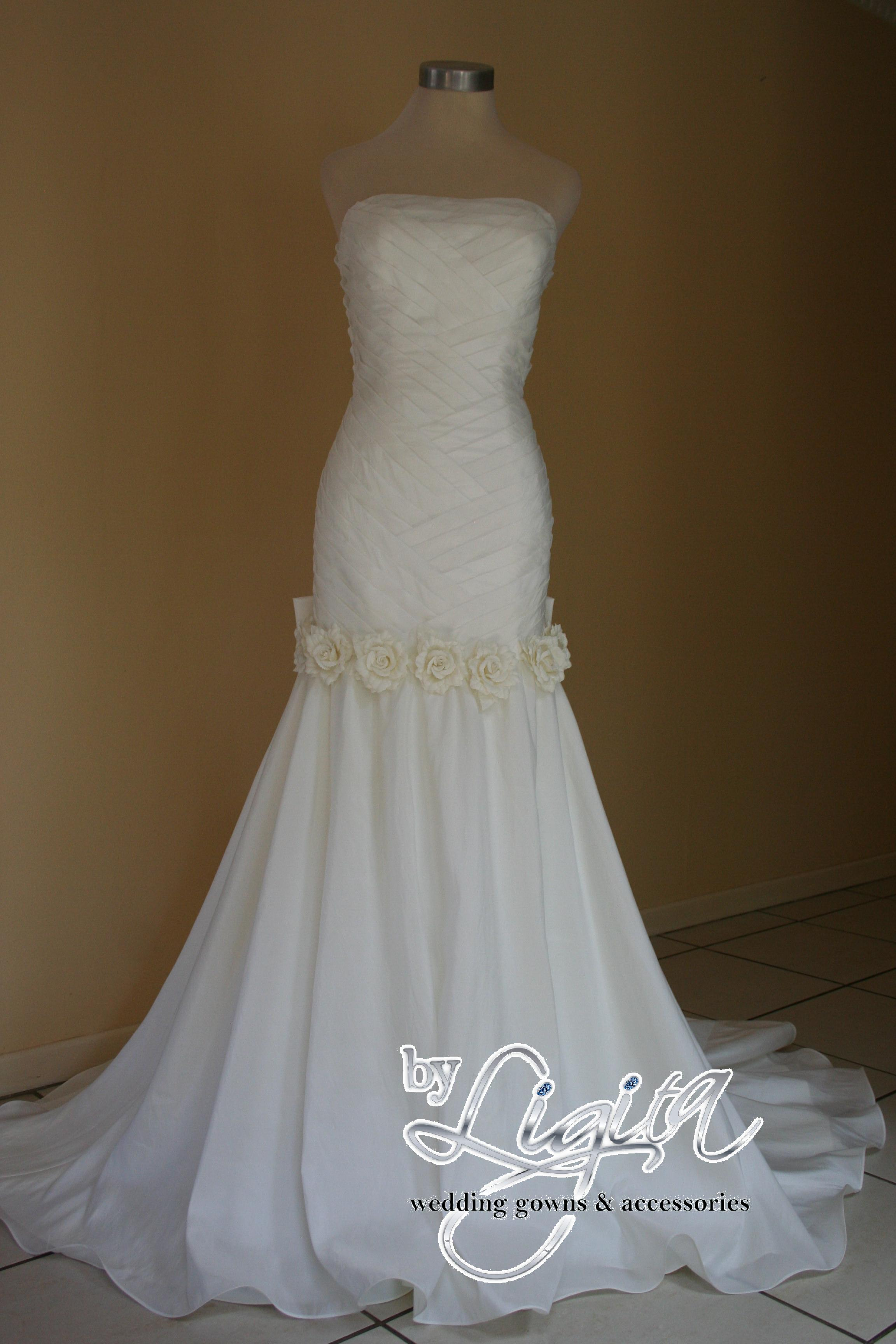 By ligita wedding gowns accessories accessories for Best website for wedding dresses