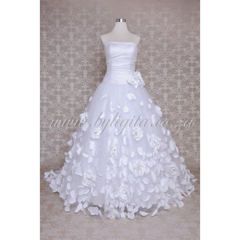 Quot By Ligita Quot Wedding Gowns Amp Accessories Accessories