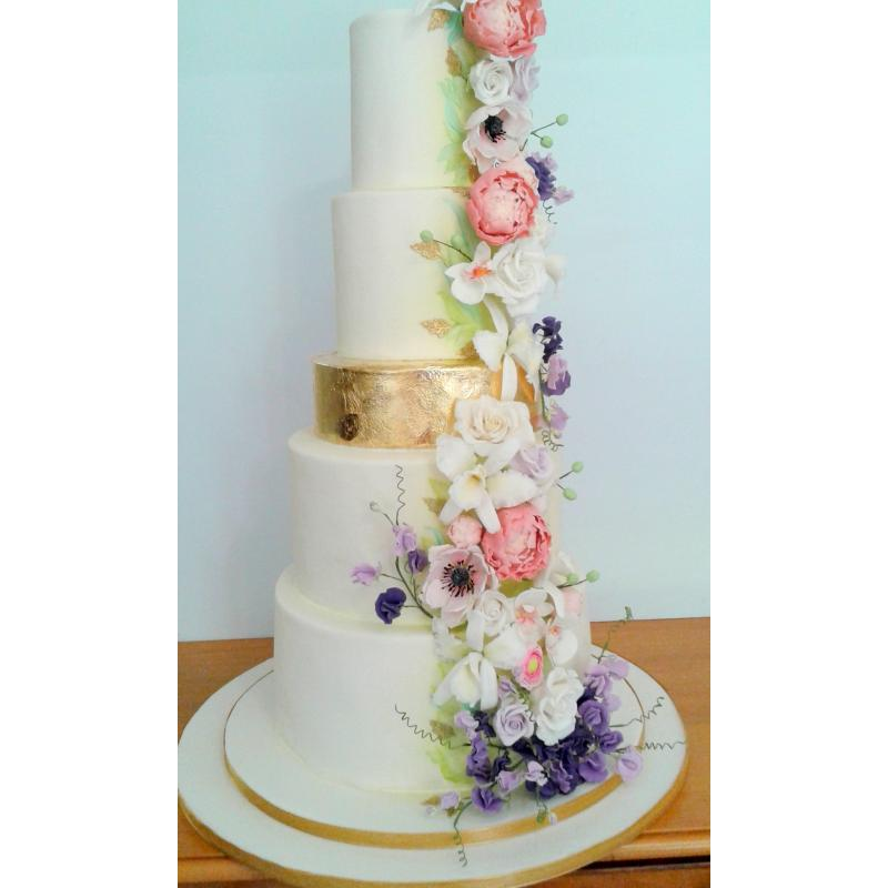 Bridal Shoes Gauteng: Wicked Creations - Cakes In